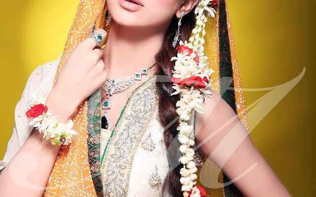 Mehndi Makeup And Hairstyle : Cute mehndi makeup tips and styles trending these days beauty