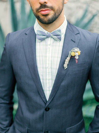 Bow tie | YourDreamPhoto | see more on: http://burnettsboards.com/2015/07/proposal-engagement-elopement/