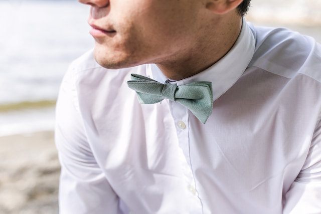 Seafoam bow tie | John Bello | see more on: http://burnettsboards.com/2015/07/disneys-mermaid-wedding/