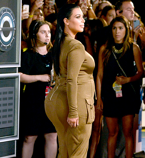 Kim Kardashian attends the 2015 MTV Video Music Awards.