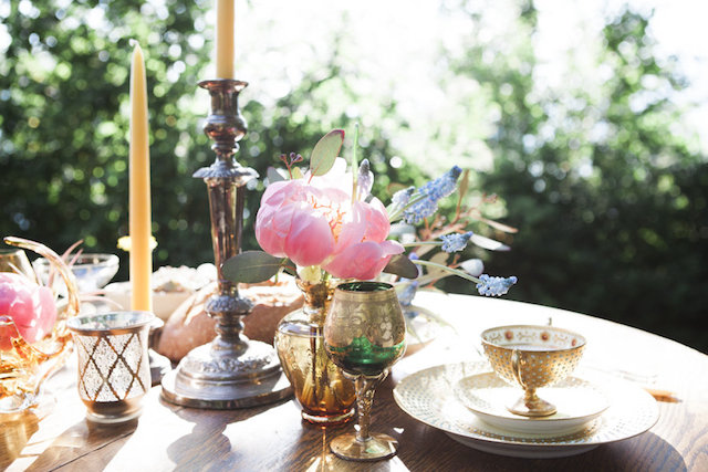 Bohemian tablescape with a pink peony | Monashee Photography | see more on: http://burnettsboards.com/2015/08/bohemian-elopement/