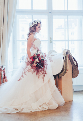 Equestrian wedding ideas ⎪Die Ciuciu's ⎪ see more on: http://burnettsboards.com/2015/08/ovids-metamorphoses/