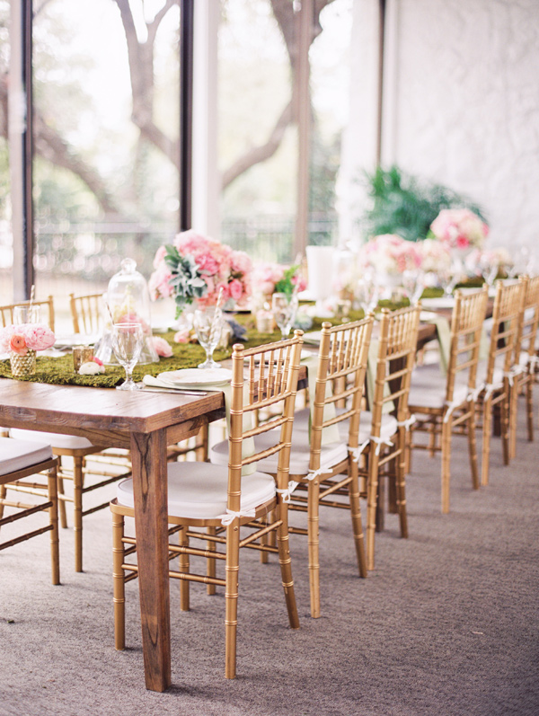 wedding reception table - photo by Taylor Lord http://ruffledblog.com/spring-wedding-with-an-illusion-lace-gown