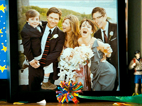 Jason Bateman and Jennifer Aniston are revealed to have tied the knot in this sweet wedding photo featured at the end of The Switch.