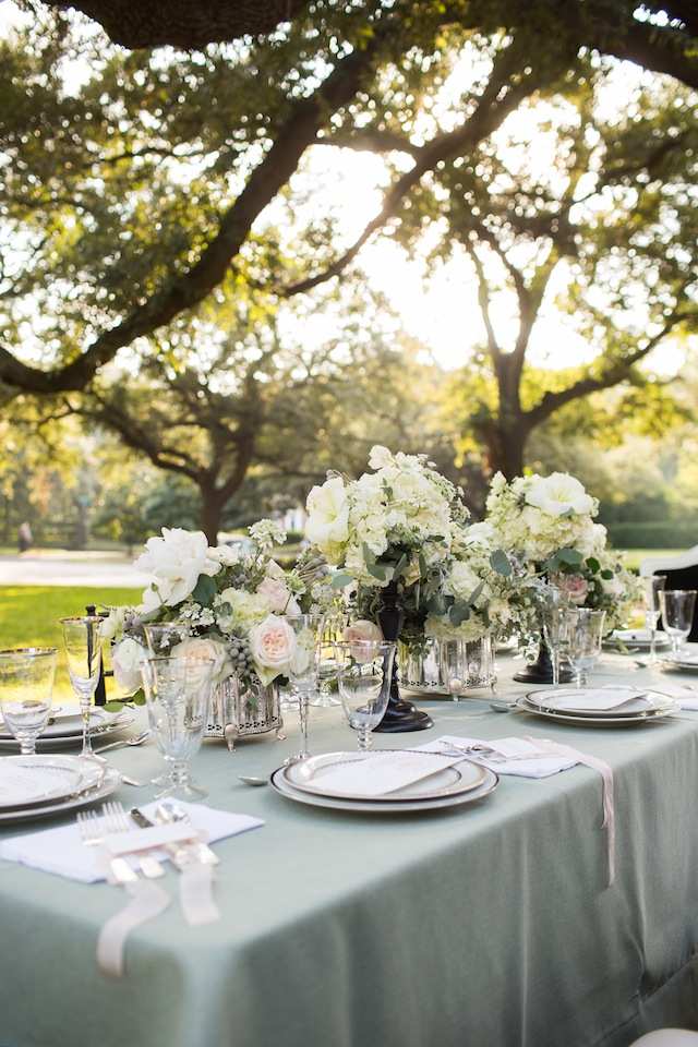 Garden wedding ideas ⎪Laurie Perez Photography ⎪ see more on: http://burnettsboards.com/2015/08/mint-garden-wedding/