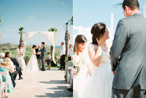 wedding ceremony - photo by Sawyer Baird http://ruffledblog.com/romantic-north-carolina-beach-wedding