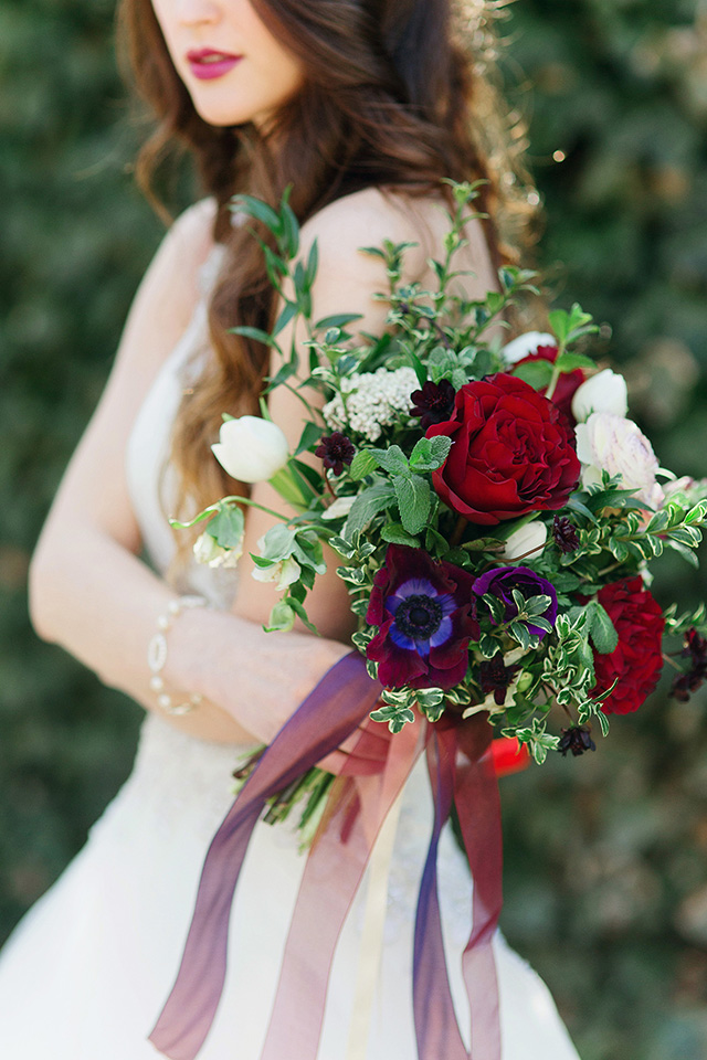 Jewel toned bridal bouquet ⎪Stephanie Sunderland Photography⎪see more on: http://burnettsboards.com/2015/08/romantic-jewel-toned-bridal-session/