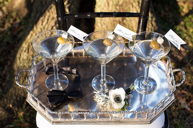 Martinis ⎪Laurie Perez Photography ⎪ see more on: http://burnettsboards.com/2015/08/mint-garden-wedding/