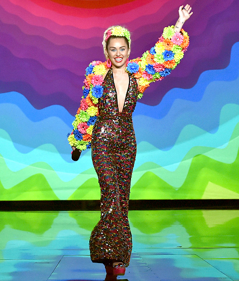 Host Miley Cyrus speaks onstage during the 2015 MTV Video Music Awards at Microsoft Theater on August 30, 2015 in Los Angeles, California.