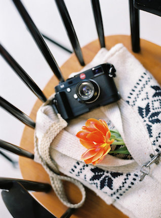 Camera | l'Artisan Photographe | see more on: http://burnettsboards.com/2015/09/urban-alpine-wedding-inspiration-shoot/