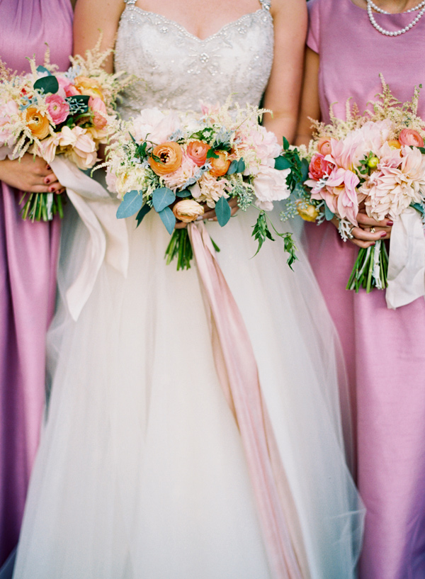 bride and bridesmaid bouquets - photo by Elisa Bricker http://ruffledblog.com/southern-keswick-vineyards-wedding