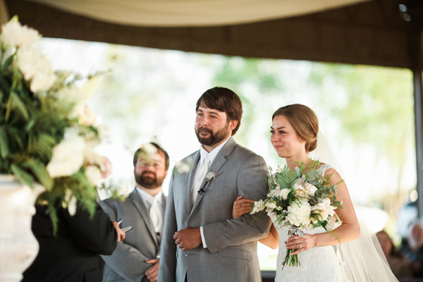 wedding ceremony - photo by Brandi Smyth http://ruffledblog.com/industrial-wedding-in-shreveport