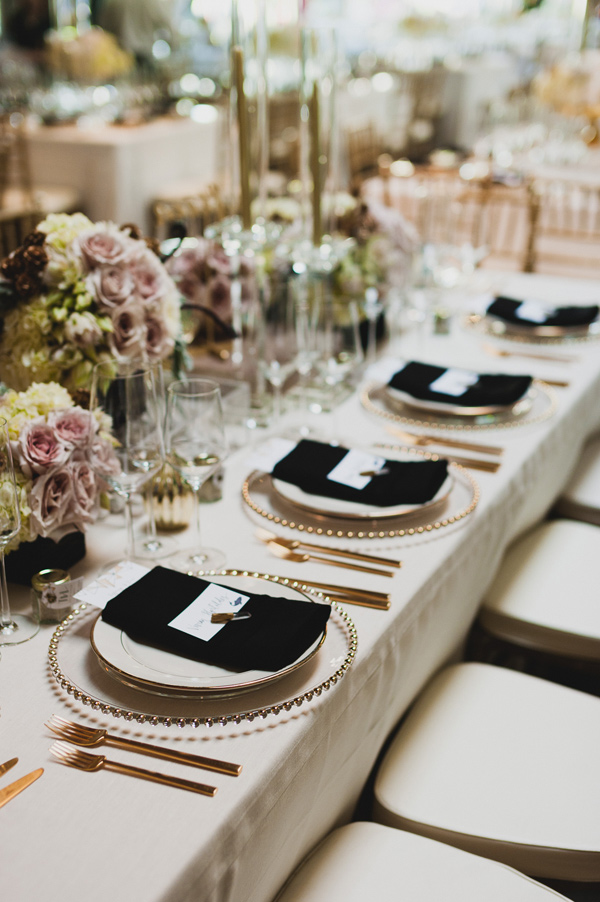 modern glam reception - photo by Chaz Cruz http://ruffledblog.com/boho-glam-wedding-in-colorado