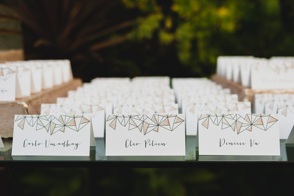 geometric escort cards - photo by Chaz Cruz http://ruffledblog.com/boho-glam-wedding-in-colorado