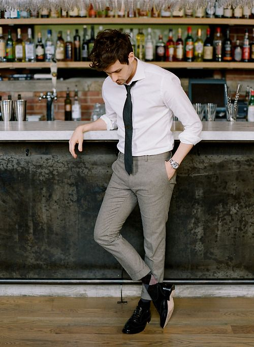 White Shirt Outfits for Men (4)