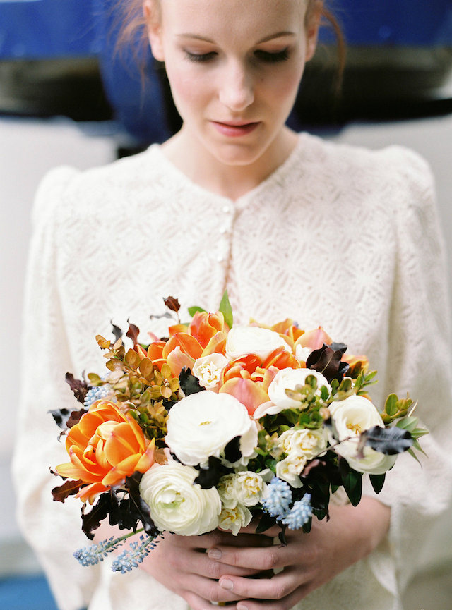 Orange, blue, and white bridal bouquet | l'Artisan Photographe | see more on: http://burnettsboards.com/2015/09/urban-alpine-wedding-inspiration-shoot/
