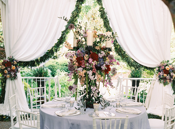 wedding reception - photo by Austin Gros http://ruffledblog.com/berry-toned-garden-wedding-splendor