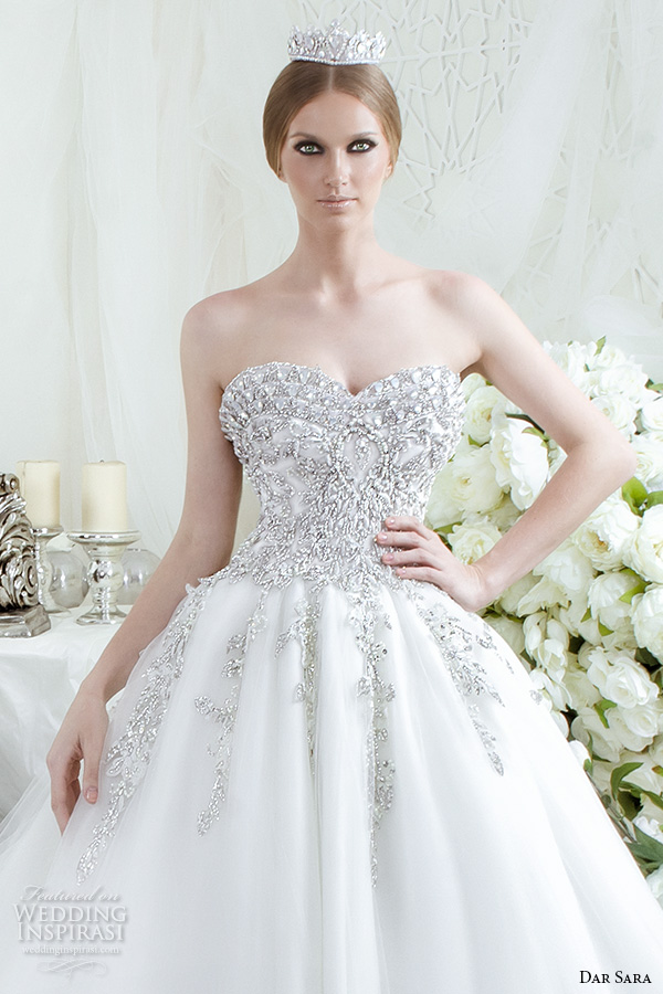 dar sara bridal 2016 wedding dresses beautiful a line ball gown strapless sweetheart neckline jeweled beaded embellished bodice tulle skirt closeup