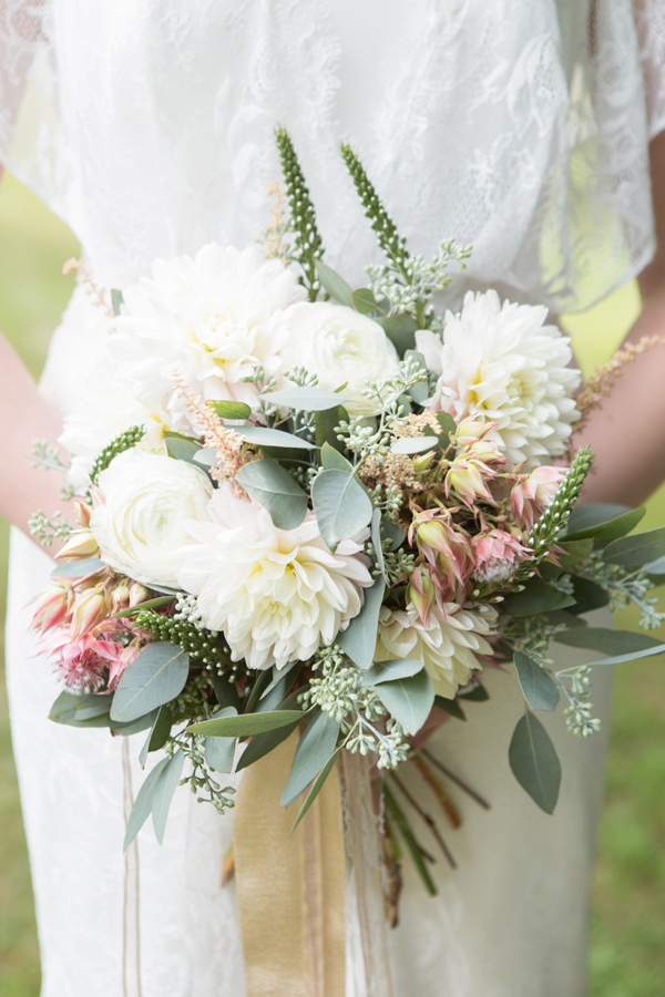 pastel bouquet - photo by Somerby Jones Photography http://ruffledblog.com/herbes-de-provence-wedding-inspiration