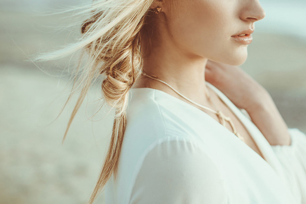 braided bridal hair - photo by Hazelwood Photo http://ruffledblog.com/lincoln-city-beach-wedding-editorial