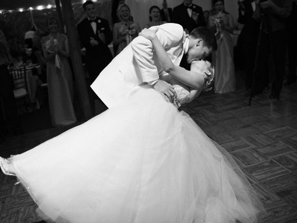 first dance - photo by Elisa Bricker http://ruffledblog.com/southern-keswick-vineyards-wedding