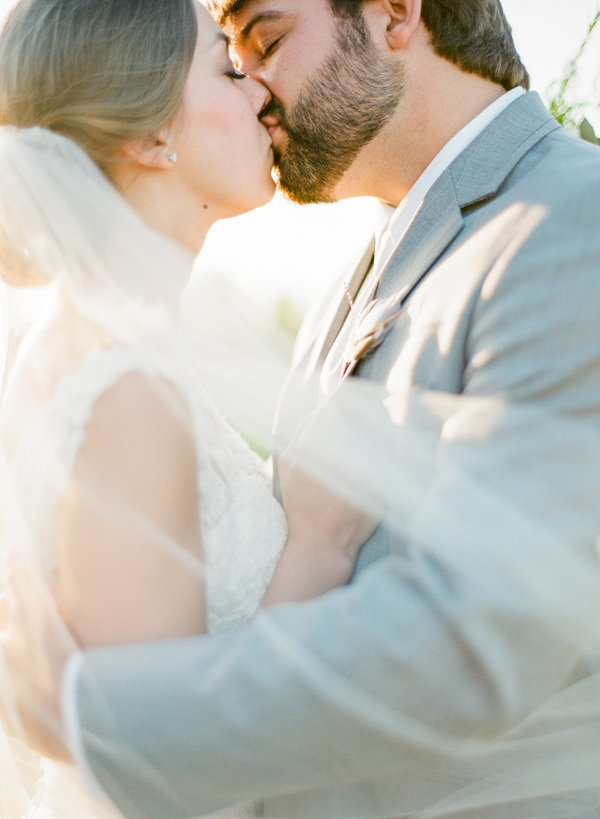 industrial wedding in Shreveport - photo by Brandi Smyth http://ruffledblog.com/industrial-wedding-in-shreveport