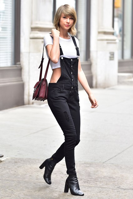 Dungaree Outfits Ideas (21)