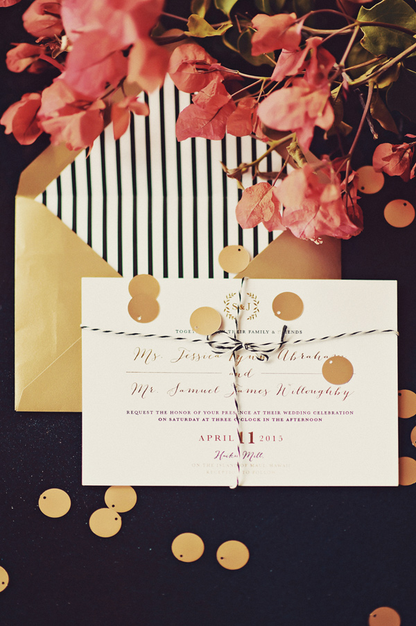 modern wedding invitation - photo by Tamiz Photography http://ruffledblog.com/inspired-by-color-wedding-ideas