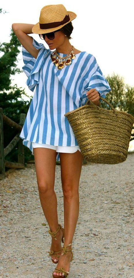 outfits to wear at a pool party