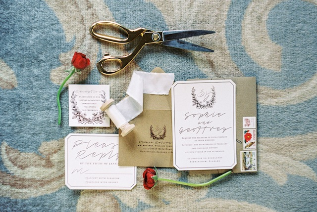 Southern wedding invitations ⎪Jonathan Kohn⎪see more on: http://burnettsboards.com/2015/09/demure-southern-wedding-home/