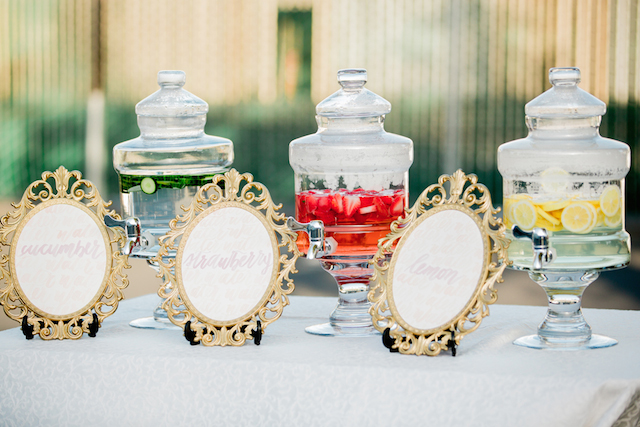 Drink station | Sweetness and Light Photography | see more on: http://burnettsboards.com/2015/09/host-networking-party/
