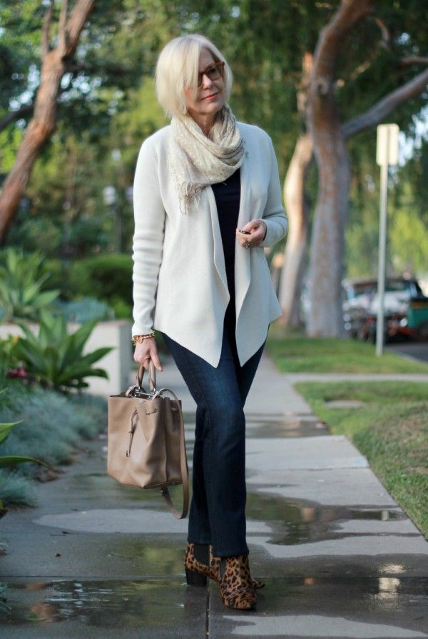 cute outfits for women over 40 10