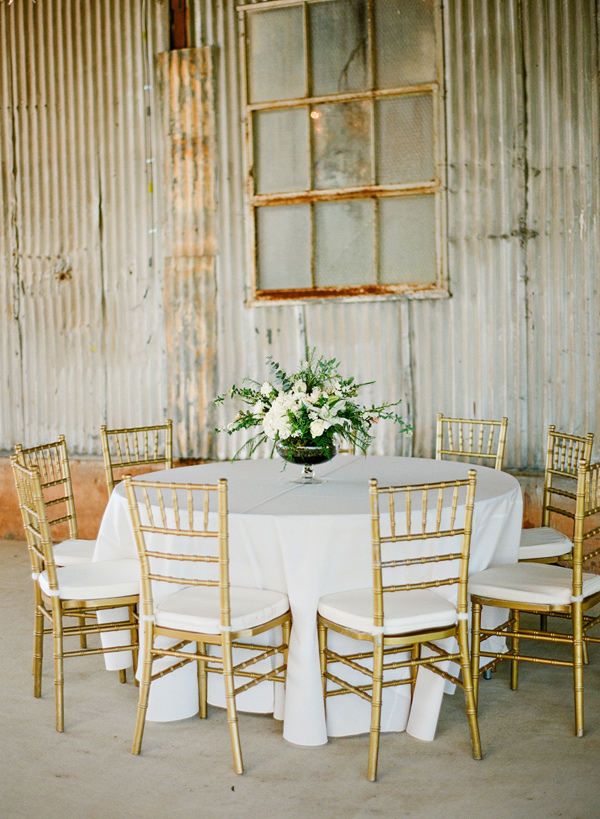 industrial wedding reception - photo by Brandi Smyth http://ruffledblog.com/industrial-wedding-in-shreveport