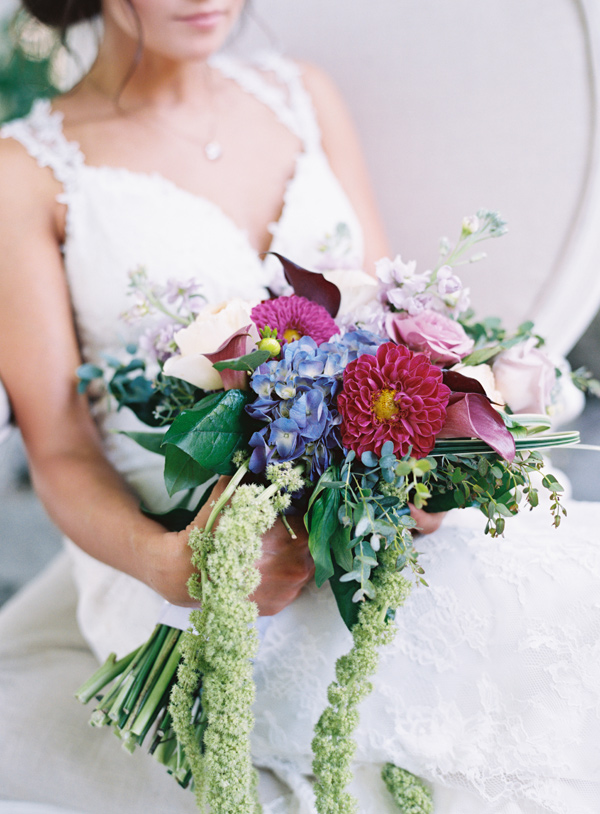 berry toned bouquet - photo by Austin Gros http://ruffledblog.com/berry-toned-garden-wedding-splendor