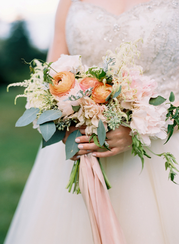 bridal bouquet with orange - photo by Elisa Bricker http://ruffledblog.com/southern-keswick-vineyards-wedding