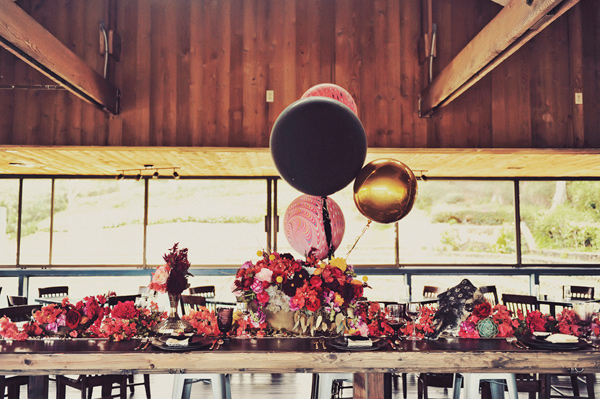 wedding ideas - photo by Tamiz Photography http://ruffledblog.com/inspired-by-color-wedding-ideas