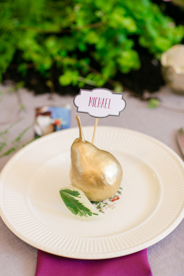 gold pear place card - photo by Jonathan and Kaye Photography http://ruffledblog.com/vintage-london-wedding-inspiration