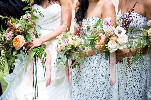 garden wedding bouquet - photo by Love Ya Jess http://ruffledblog.com/vintage-london-wedding-inspiration