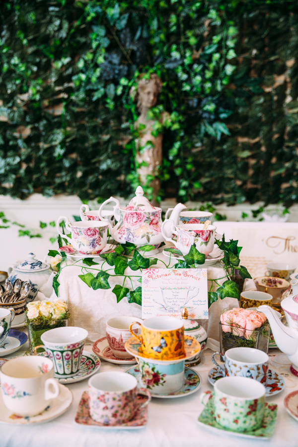 garden wedding ideas - photo by Under the White Willow Photography http://ruffledblog.com/vintage-london-wedding-inspiration