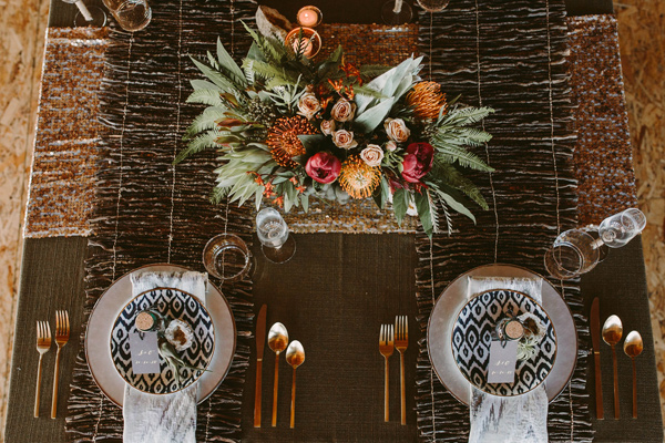 place setting - photo by Megan Saul Photography http://ruffledblog.com/modern-safari-wedding-inspiration