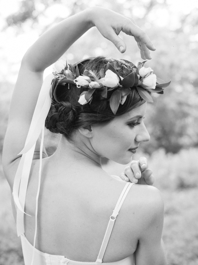 Flower crown with ribbons | Lissa Ryan Photography | see more on: http://burnettsboards.com/2015/10/ballet-boudoir/