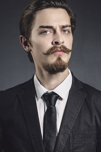 176139-566x850-Mustache-with-Goatee
