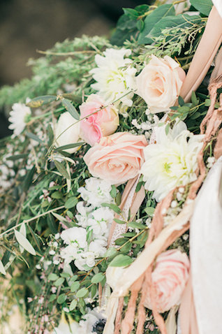 Peach and blush roses | Alexandra Vonk | see more on: http://burnettsboards.com/2015/10/dream-wedding-italy/