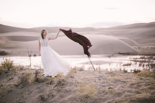 Sand dune national park wedding | Green Blossom Photography | see more on: http://burnettsboards.com/2015/10/sand-dunes-national-park-wedding/