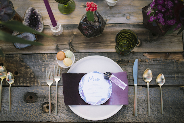 Bohemian place setting | Green Blossom Photography | see more on: http://burnettsboards.com/2015/10/sand-dunes-national-park-wedding/
