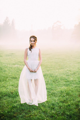Short wedding dress with tulle overlay | Yulia Otroschenko Photography | see more on: http://burnettsboards.com/2015/10/pre-wedding-love-story/