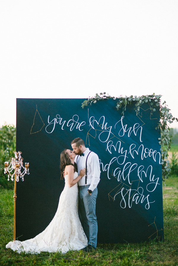 Galileo inspired wedding ideas - photo by Dawn Photography http://ruffledblog.com/galileo-inspired-wedding-ideas