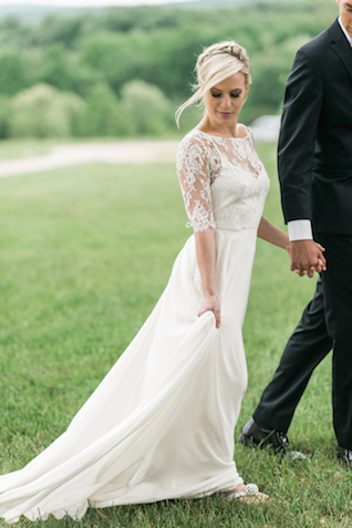 Sarah 6 wedding dress | Joy Michelle Photography | see more on: http://burnettsboards.com/2015/10/windswept-wedding-inspiration/