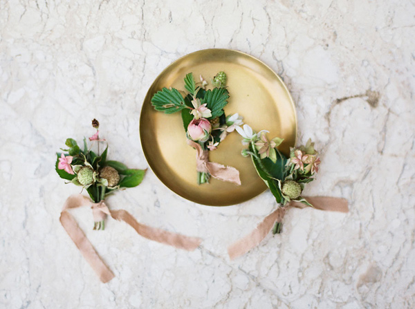 romantic boutonnieres - photo by Emily Fuselier Photography http://ruffledblog.com/cliffside-wedding-portraits-in-california