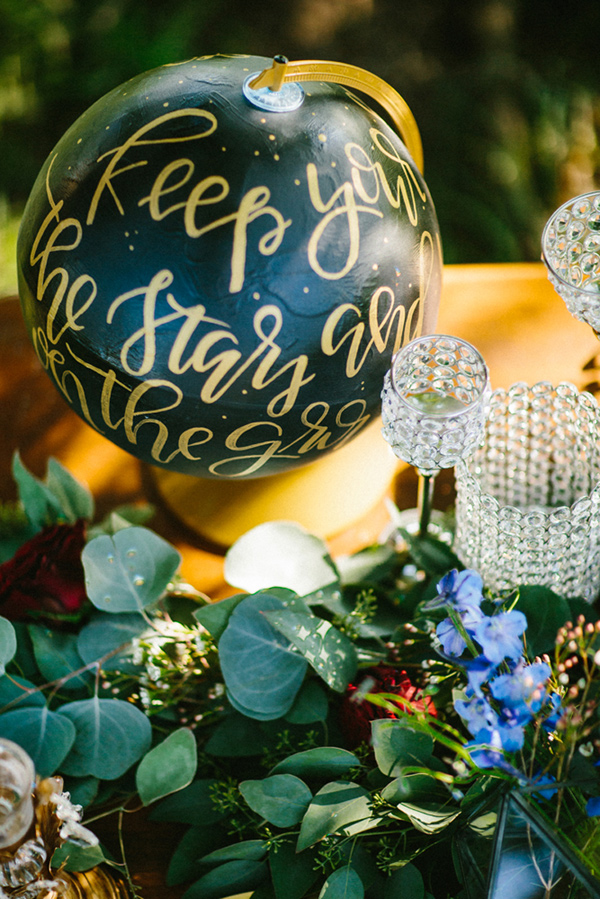 travel inspired wedding - photo by Dawn Photography http://ruffledblog.com/galileo-inspired-wedding-ideas